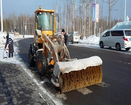 新疆扫雪车